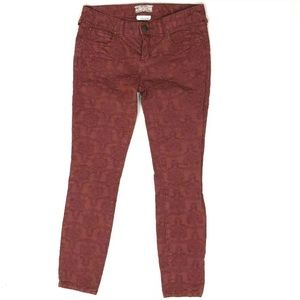 Free People 27 Red pucker jeans skinny Jacquard